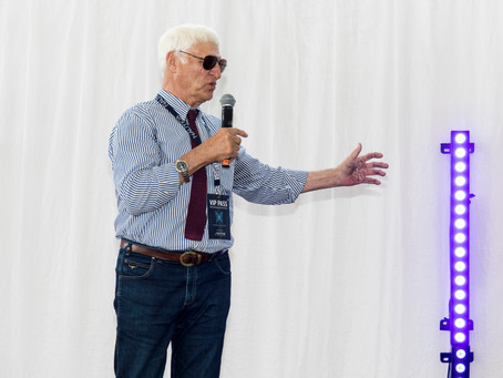Hon Bob Katter applauds Mayfair 101 for keeping spirit of Dunk Island alive