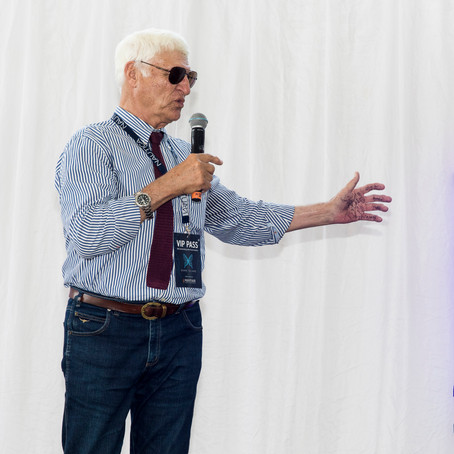 Hon Bob Katter applauds Mayfair 101 for keeping spirit of Dunk Island alive