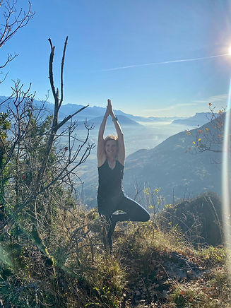 isabelle yoga.jpeg