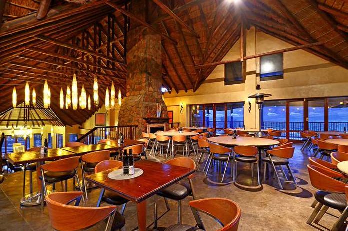 aquila-restaurant018.jpg