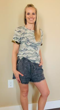 Drawstring Distressed Fringe Hem Shorts