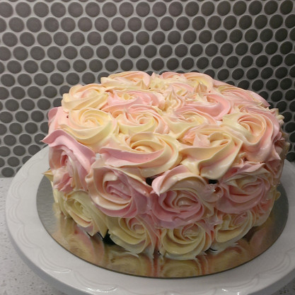 Classic Rose Cake