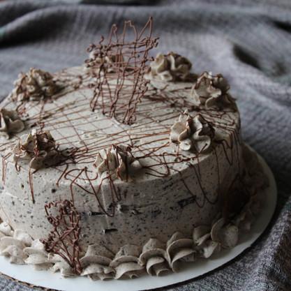 Oreo Crumble Cake