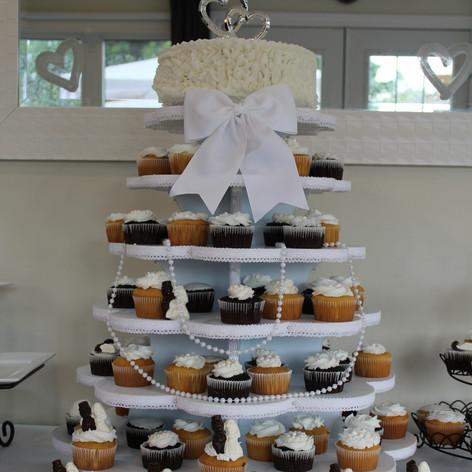 Cake and Cupcake Tier