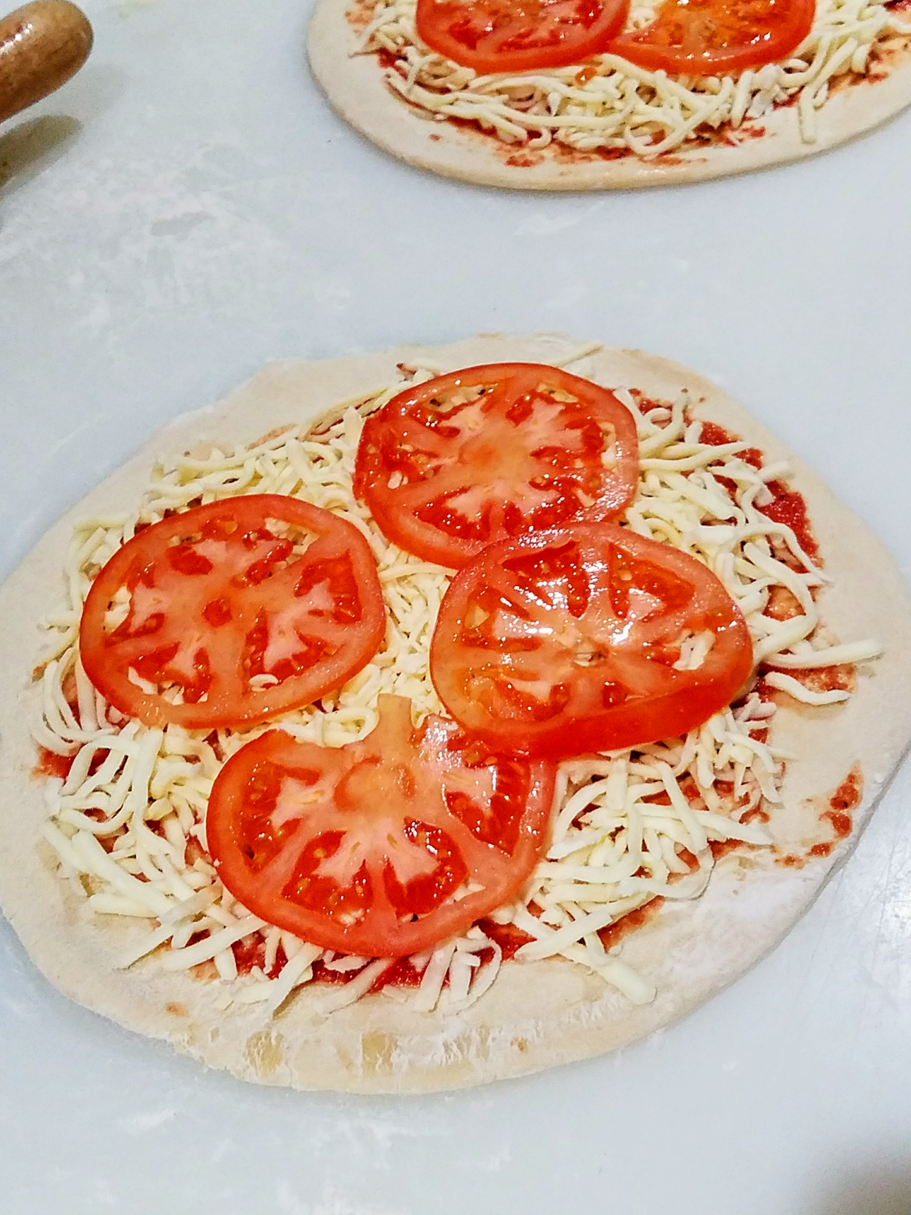 tomatoes pizza1