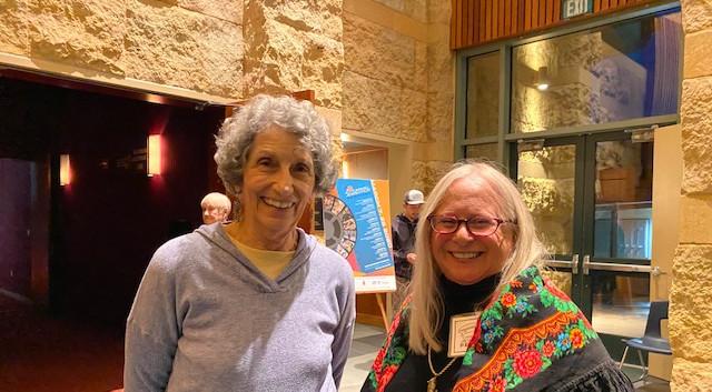 Faye Mueller-Delia, Susan Schwartz