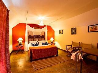 Lion Hill Lodge Tsavo Room