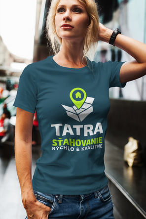 mockup-of-a-woman-posing-with-a-t-shirt-