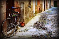 bosa street scene 3.jpg