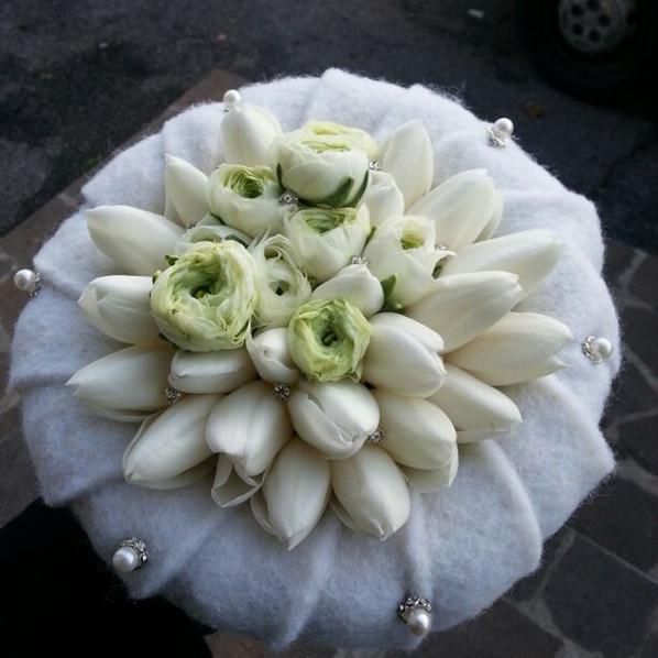 bouquet sposa tulipani bianchi inverno