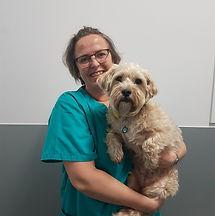 Joëlle ASV au Centre vétérinaire Vetagora Dour