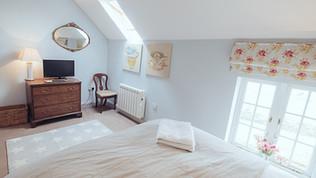 No.3 bedroom (5).jpg