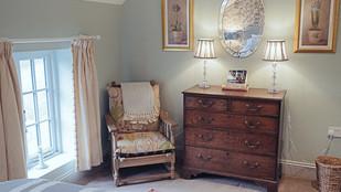 No.1 bedroom detail