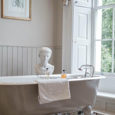 Quorn bathroom - final-  2  (1 of 1).jpg