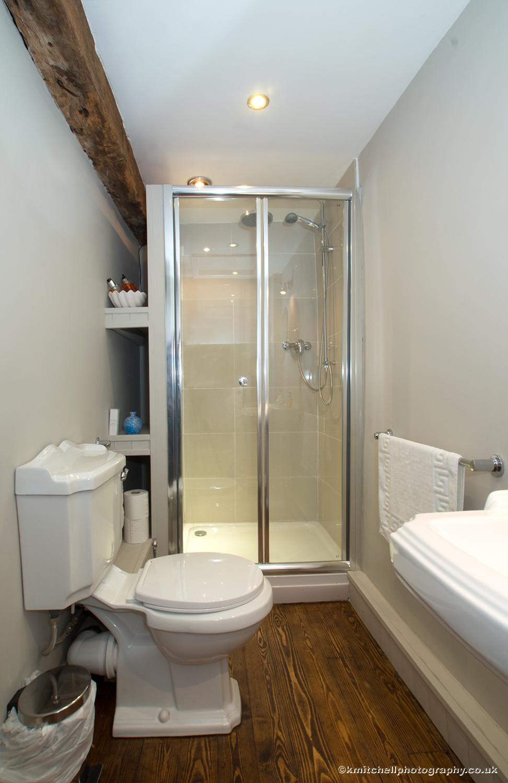 Fernie bathroom