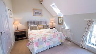 meynell mews 2 - bedroom b (1 of 1).jpg