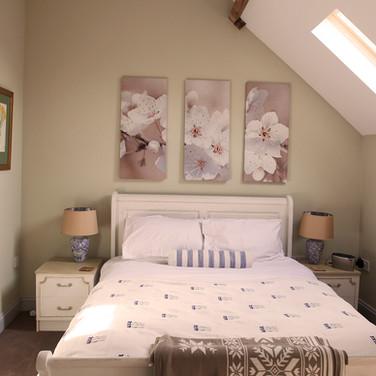 No.2 bedroom 1 (3).jpg