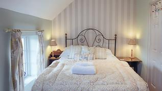 meynell mews 2 - bedroom 1 (1 of 1).jpg