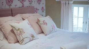 No.3 bedroom detail (3)