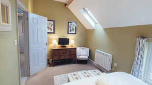 No.1 Bedroom(5)