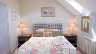 meynell mews 2 - bedroom a (1 of 1).jpg
