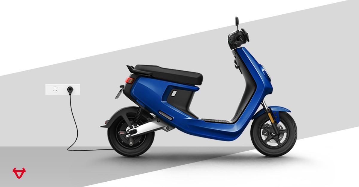 stripe bg-M+blue.jpg