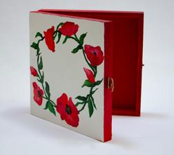 poppy box 2.jpg