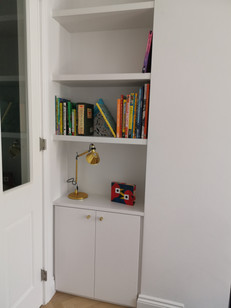 Sprayed mdf Alcove units and floating shelves