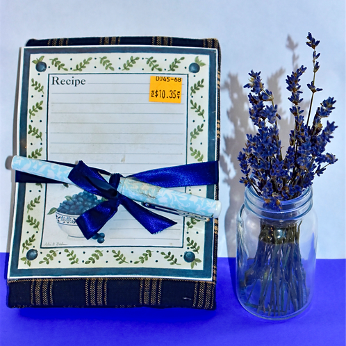 Blueberry Recipe Cards with Pen and Towel