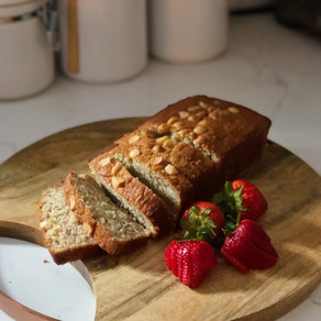 Hawaii Dreaming: Macadamia Nut Banana Bread