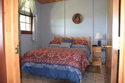 Queen Bed - Cottage 2