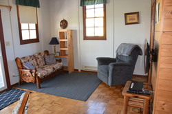 Sitting area in cottage 1