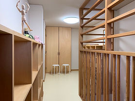 橋本YDAスタジオ 更衣室.jpg