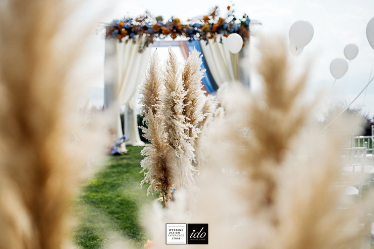 White Balloons | IDO EVENTS | Los Angeles | United States | Chinese Wedding & Event Planner