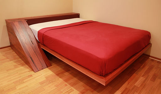bed 02 reduced.jpg