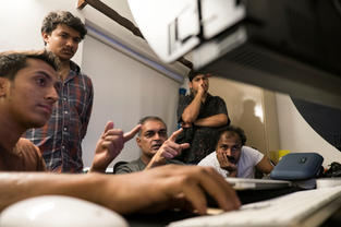 Prateek Dubey conducting an colour grading workshop at our campus.