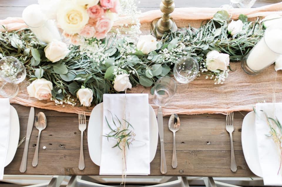DIY Wedding Plate Setting Photo By: Karina Bersil Coordinating By: Faithful Plan