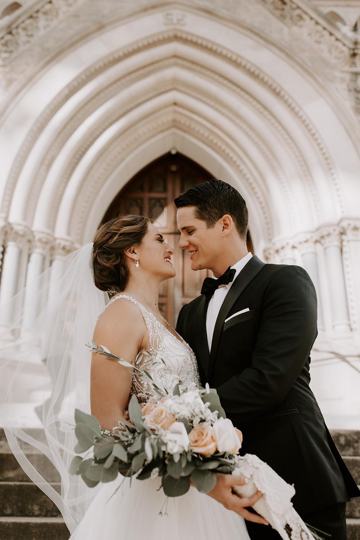 Easy Wedding Budget Breakdown  Photo By: Heidi Elyse Photo Coordinating By: Faithful Plan