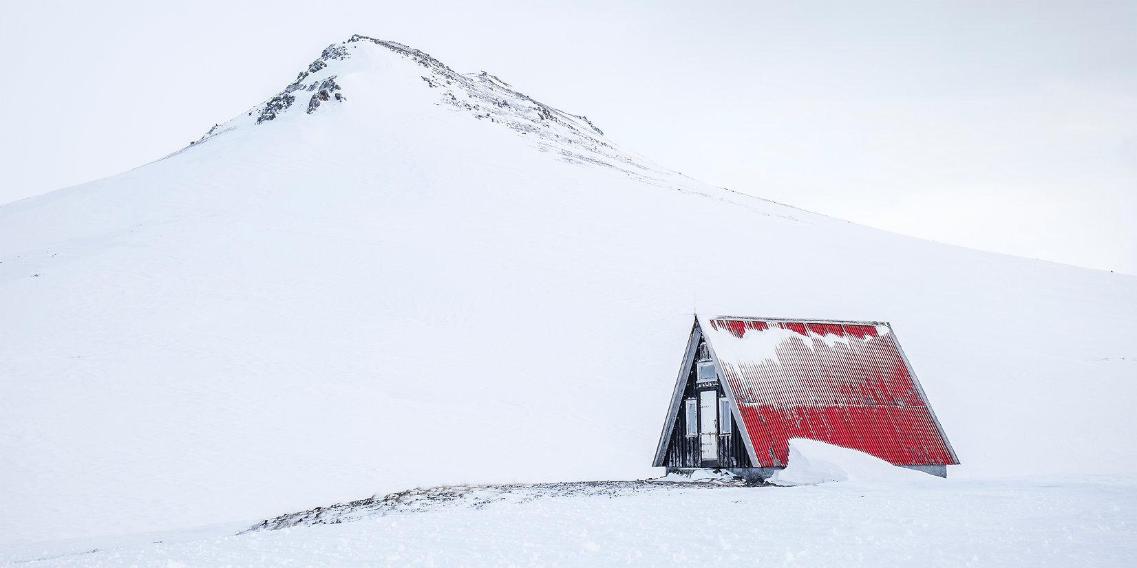 O-LN_Carla-Regler_Little-Red-Hut.jpg