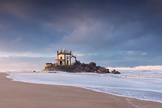 C34A6480_Chapel-on-beach-1.png