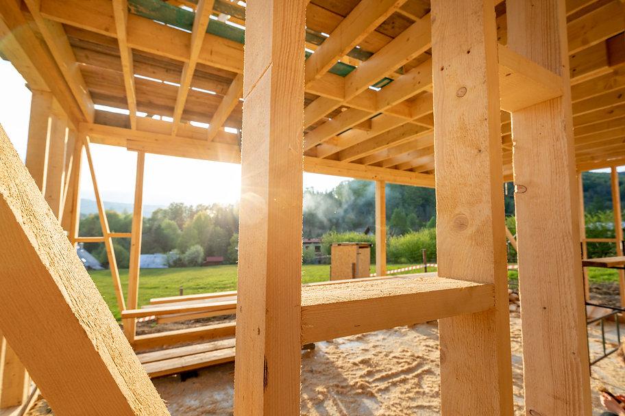 wooden-house-under-construction-KDKNSNP.