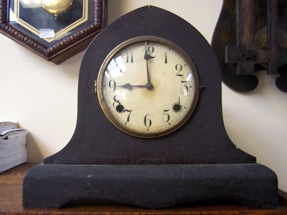 GILBERT CLOCK CASE AND 8-DAY MOVEMENT