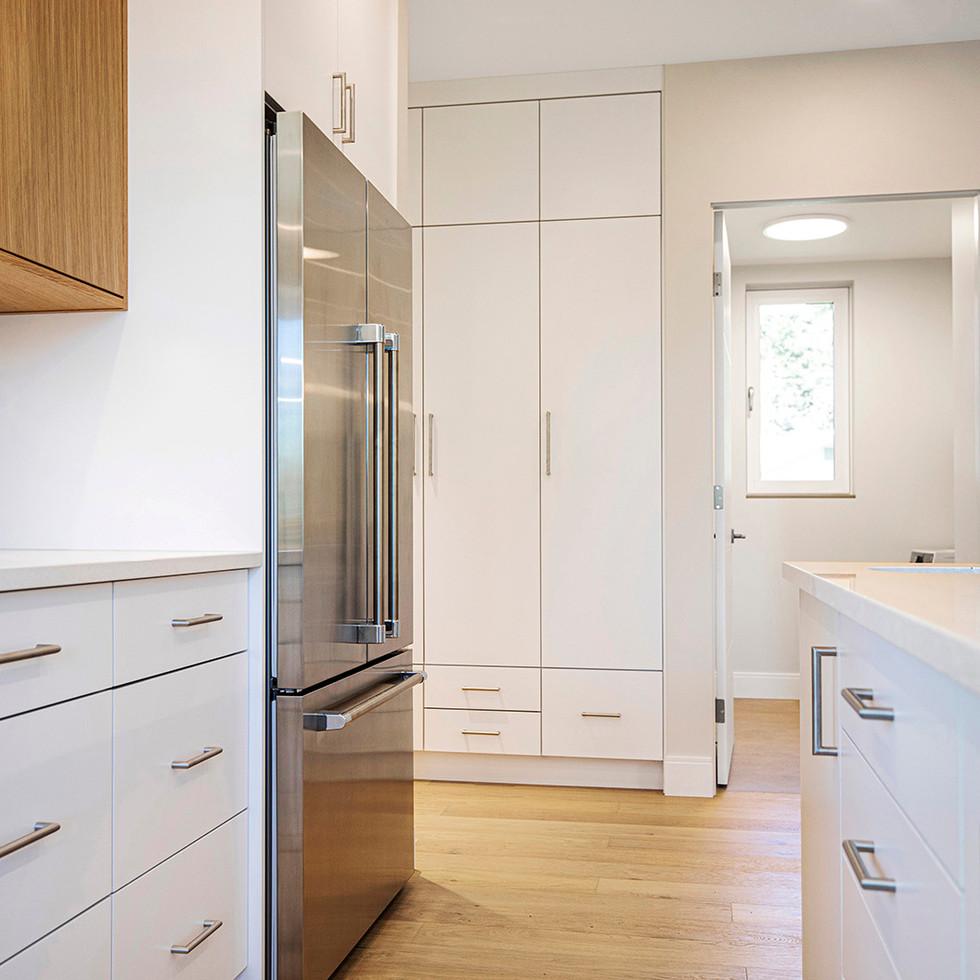 102 Stewart Street interior ph20.jpg