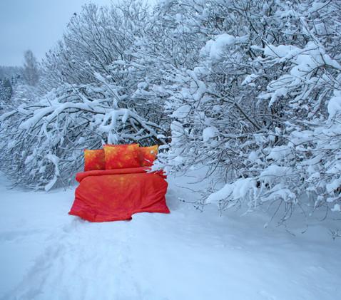 'Sun' bed in snow