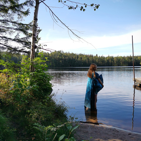 Standing in the water with 'Pond' bedlinen