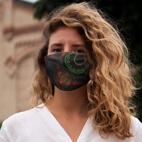 Taiga - Snug-Fit Polyester Face Mask