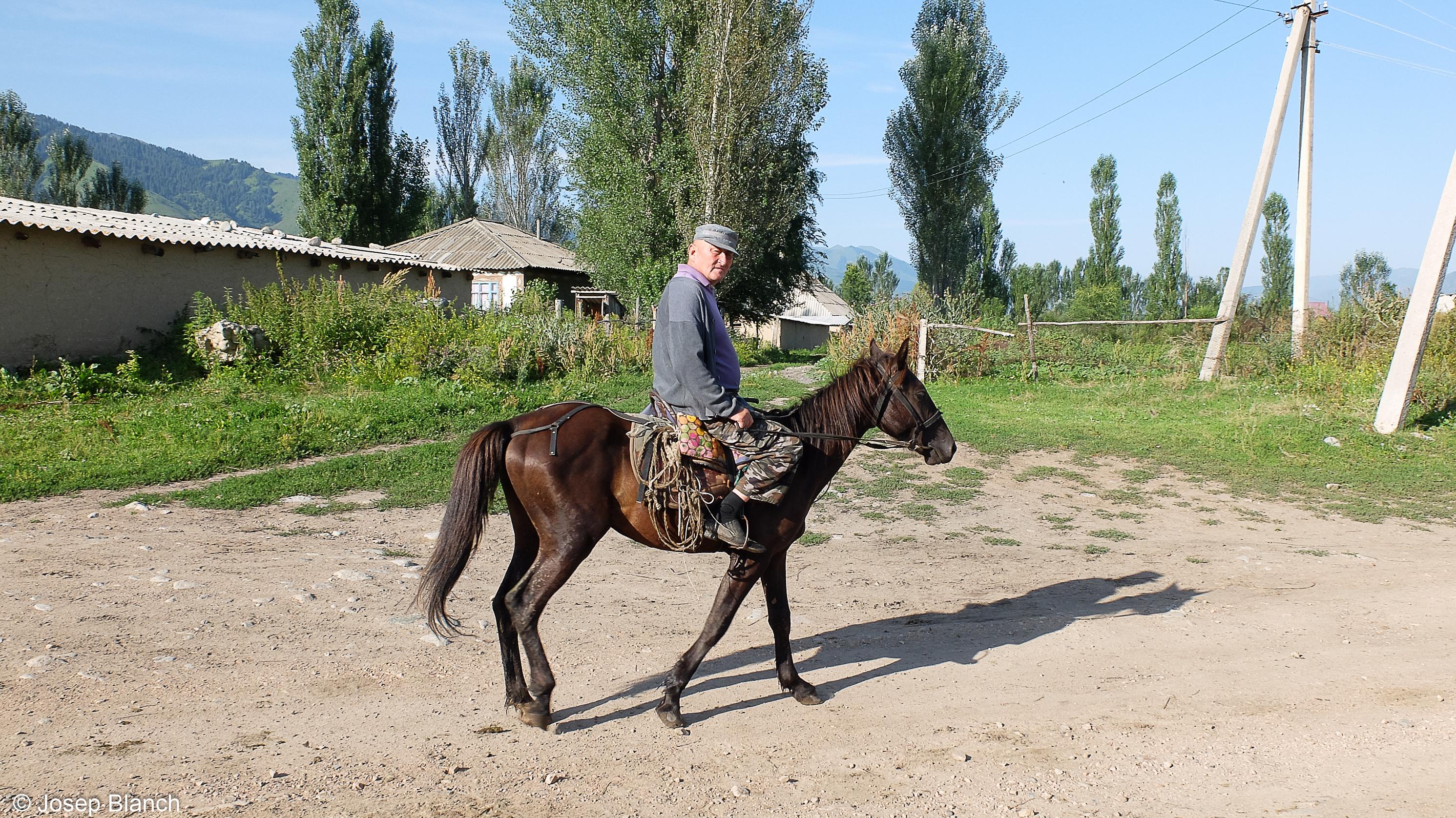 Kirguistan 000-017