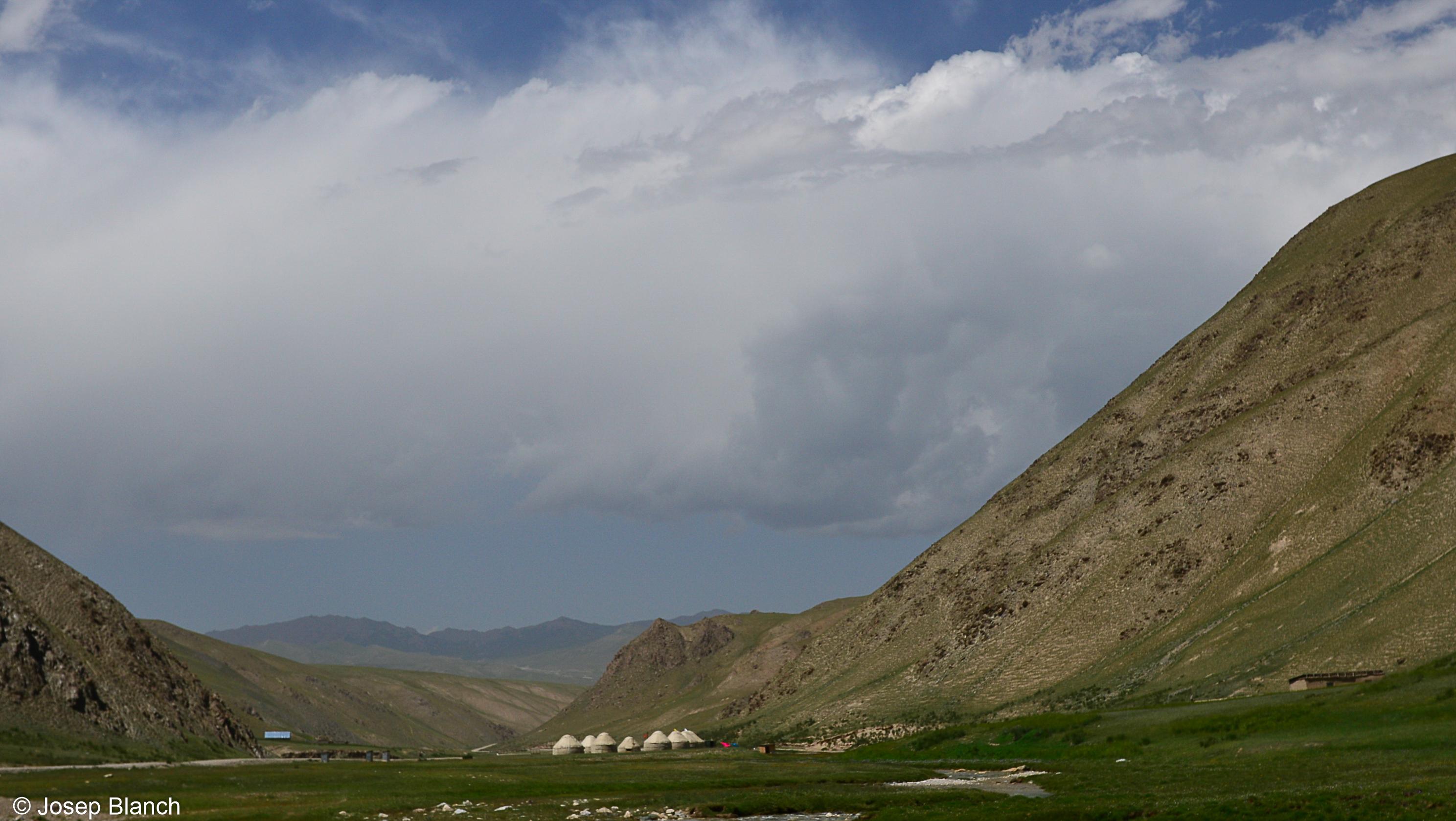 Kirguistan 000-165
