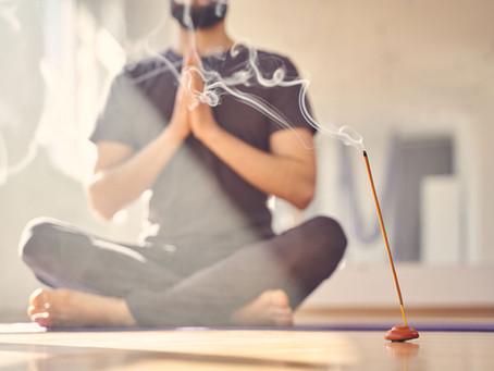 Aroma Thai Yoga Massage im Yogalife Studio