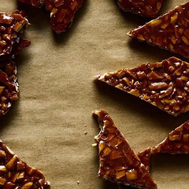 """קרוקנט שוקולד וניל 40 ש""""ח ל-100 גרם"""